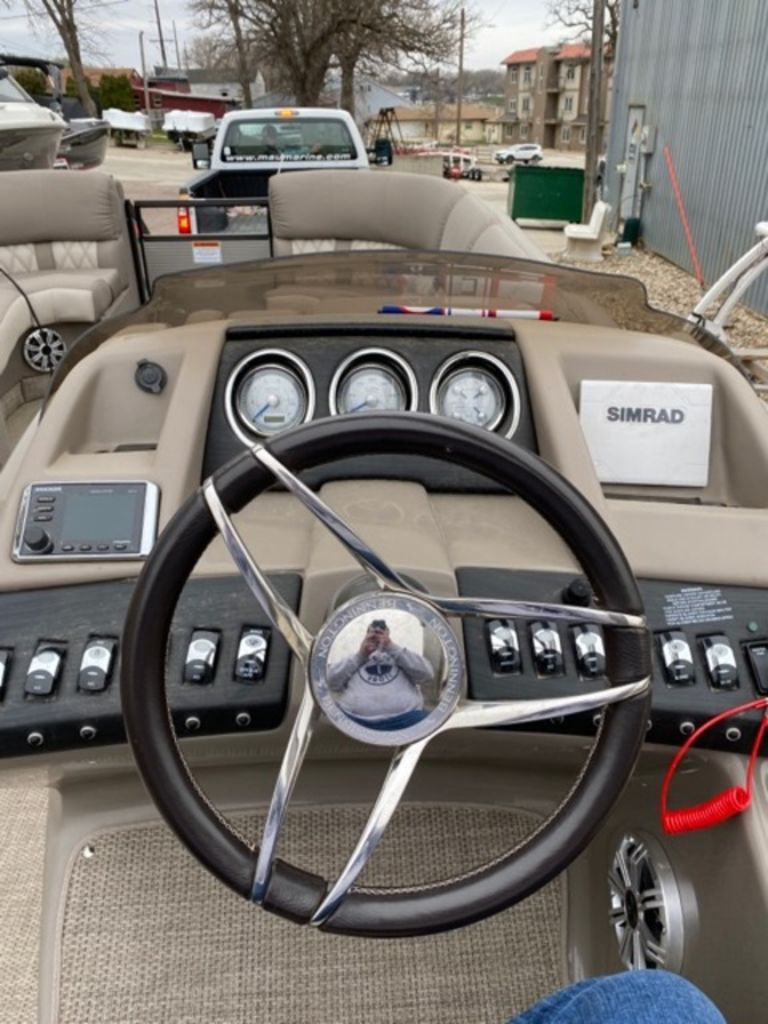 2019 Bennington boat for sale, model of the boat is 25 QSBA & Image # 5 of 6