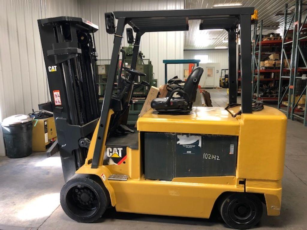2008 CATERPILLAR E12000 for sale in Morton, IL