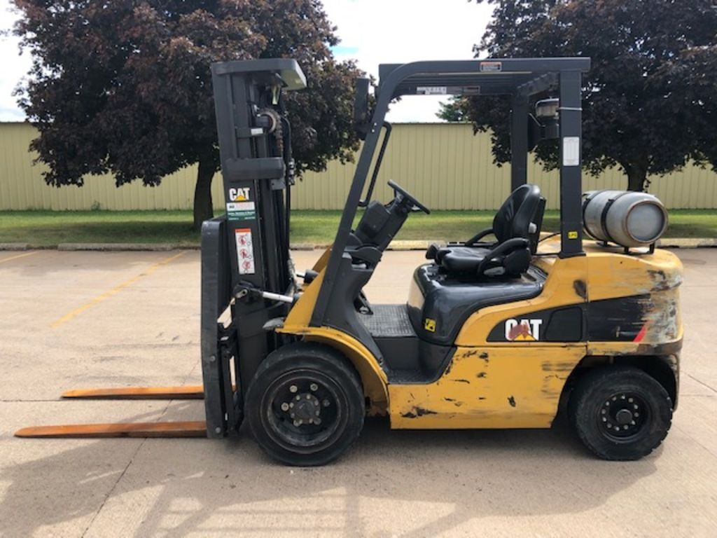 2016 CATERPILLAR GP30N for sale in Morton, IL