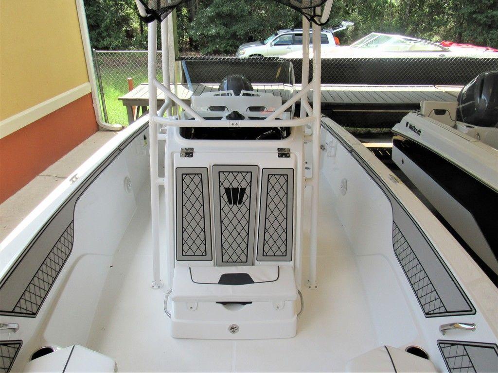New 2021 Wellcraft 202 Fisherman Center Console