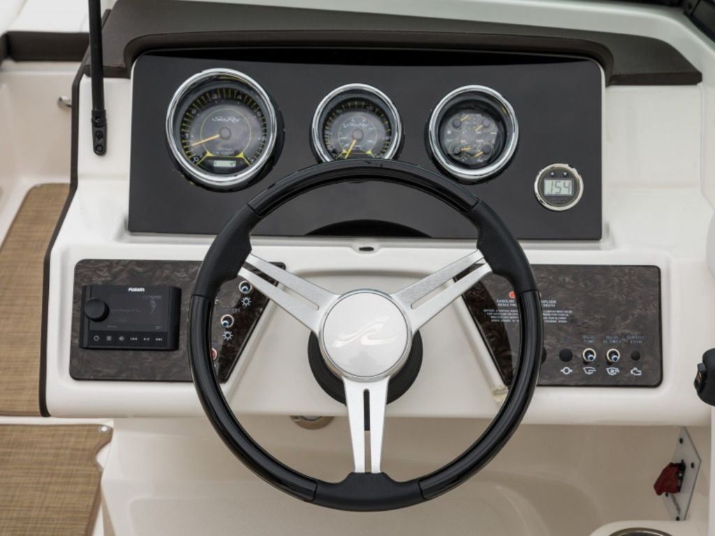 2021 Sea Ray boat for sale, model of the boat is SPX 230 & Image # 3 of 3