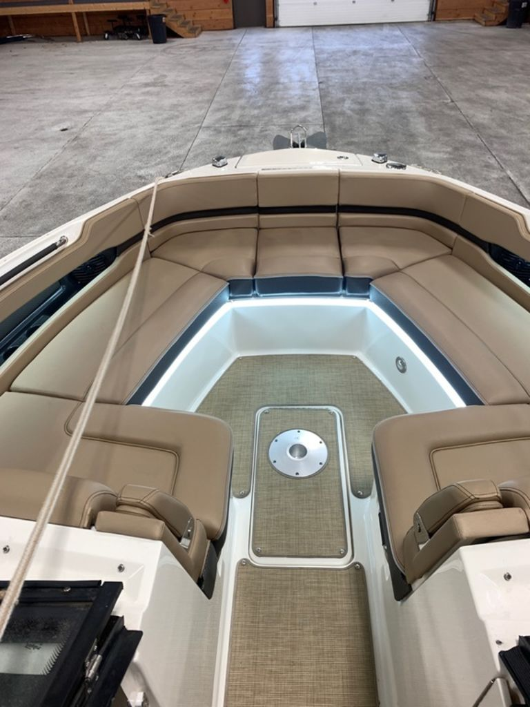 2017 Sea Ray boat for sale, model of the boat is SLX 310 & Image # 11 of 14