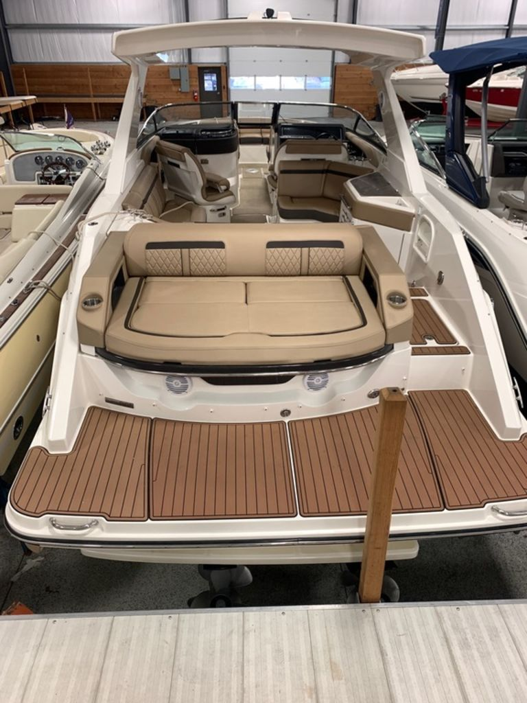 2017 Sea Ray boat for sale, model of the boat is SLX 310 & Image # 3 of 14