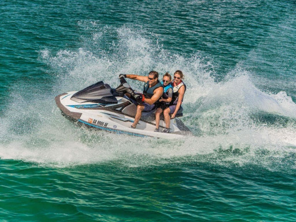 2019 Yamaha boat for sale, model of the boat is VX Cruiser & Image # 2 of 3