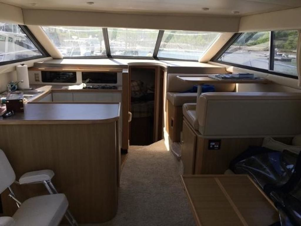 2001 Bayliner boat for sale, model of the boat is 3788 Command Bridge & Image # 3 of 7