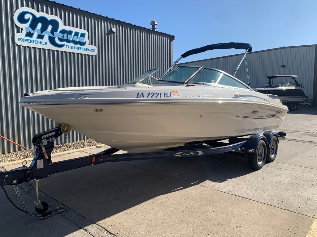 2010 Sea Ray boat for sale, model of the boat is 205 Sport & Image # 1 of 11