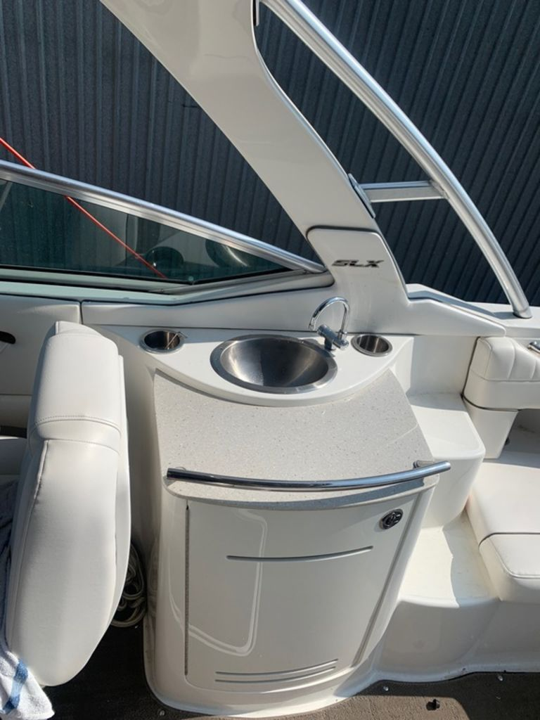 2010 Sea Ray boat for sale, model of the boat is 270 SLX & Image # 8 of 14