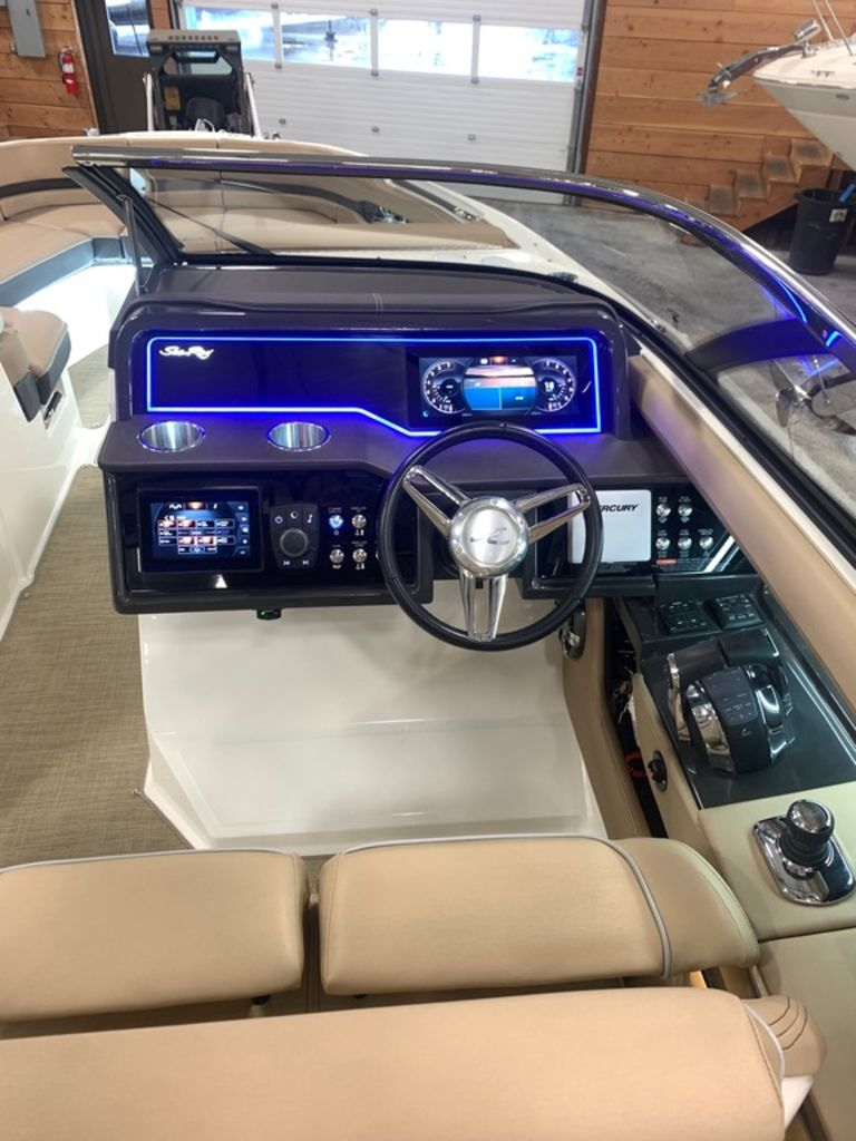 2018 Sea Ray boat for sale, model of the boat is SLX 310 & Image # 16 of 18