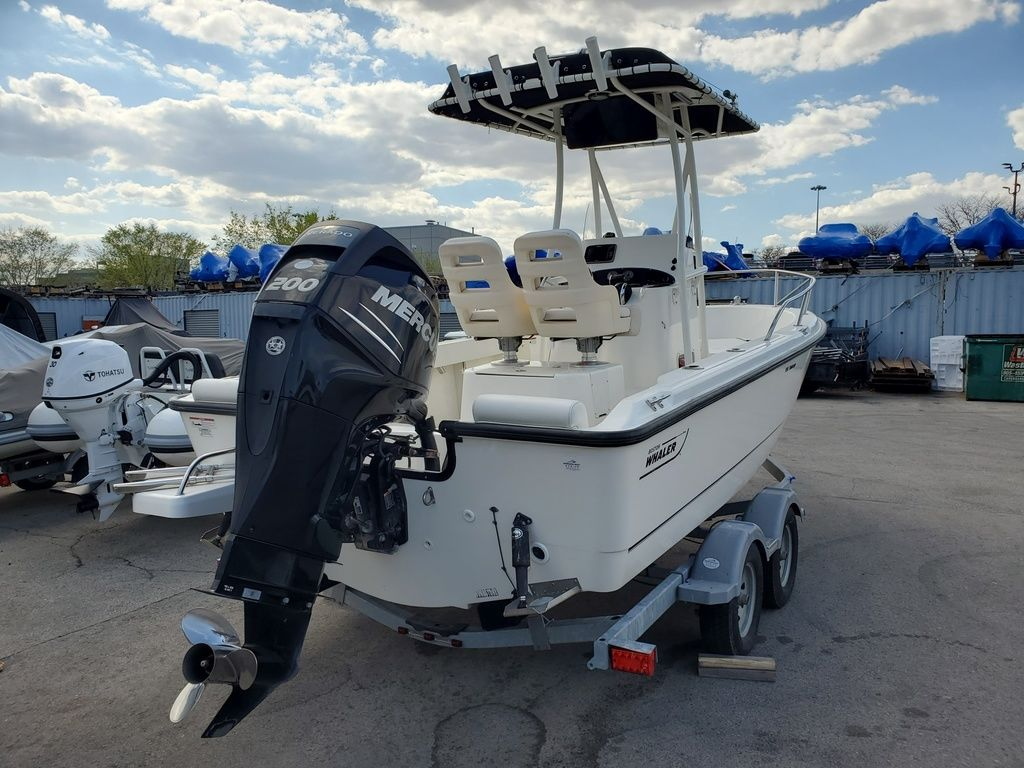 2015 Boston Whaler boat for sale, model of the boat is 190 Outrage & Image # 4 of 5