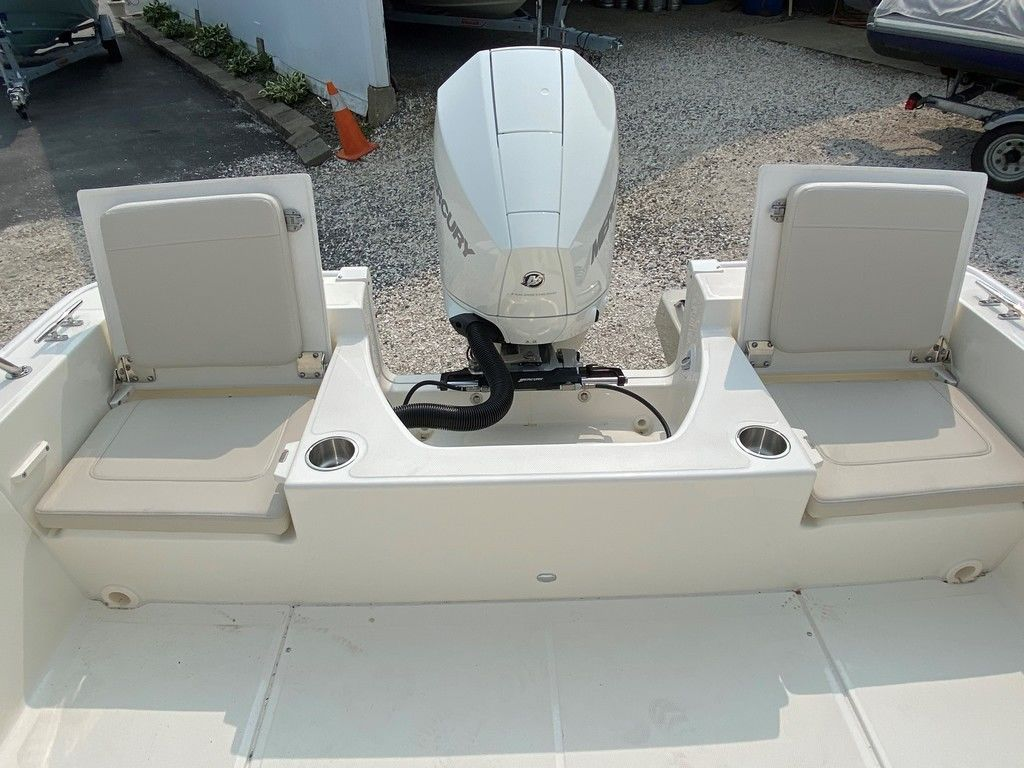 2021 Boston Whaler boat for sale, model of the boat is 210 Montauk & Image # 7 of 8