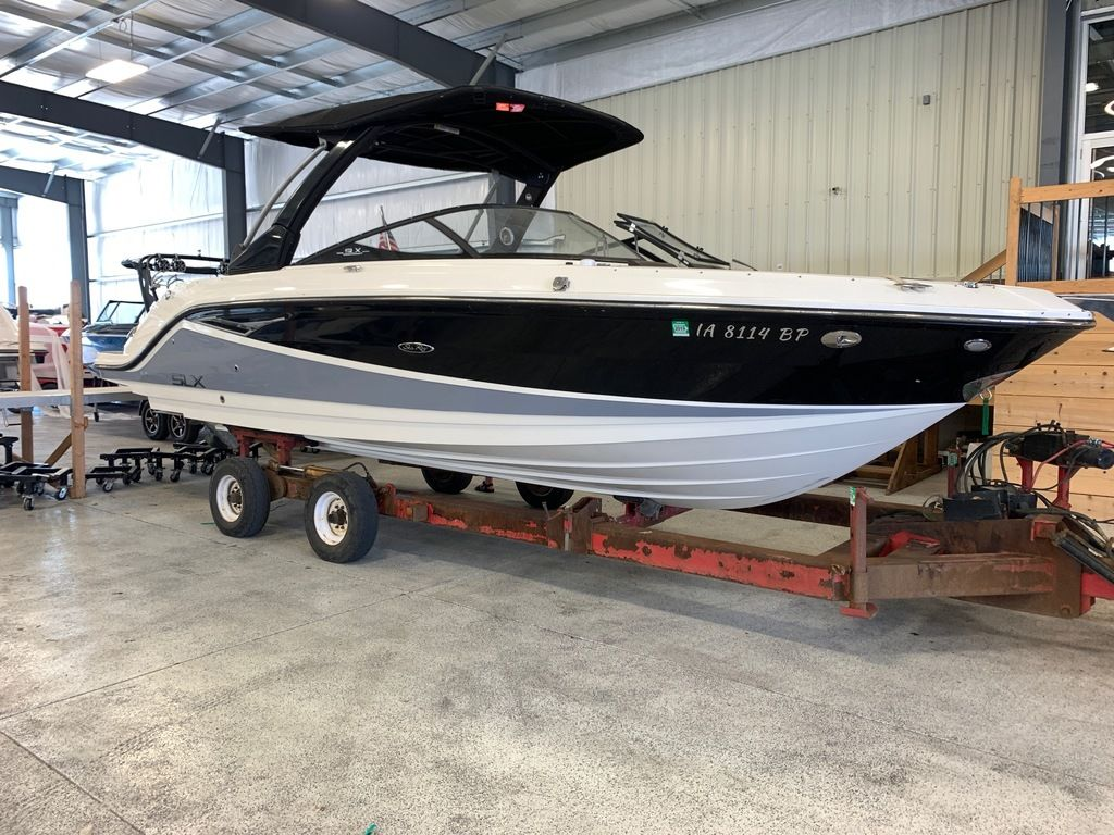 2016 Sea Ray boat for sale, model of the boat is 280 SLX & Image # 1 of 9