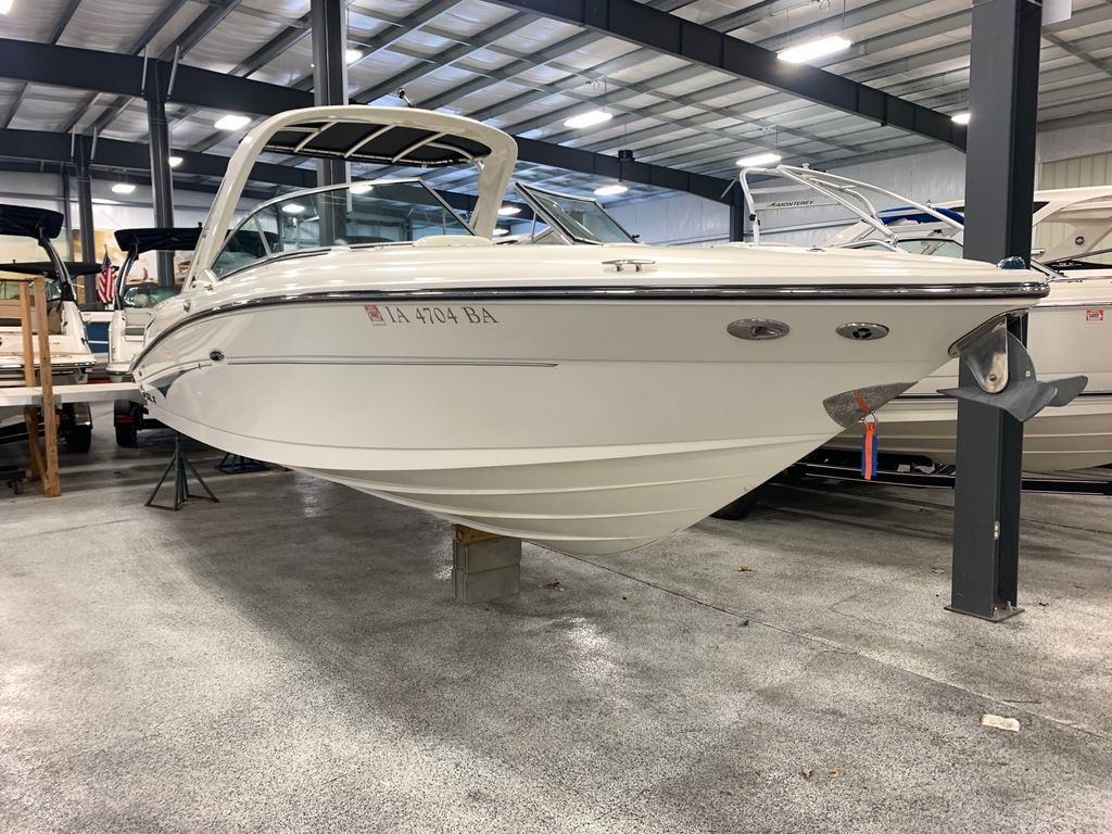 2005 Sea Ray boat for sale, model of the boat is 270 SLX & Image # 2 of 13