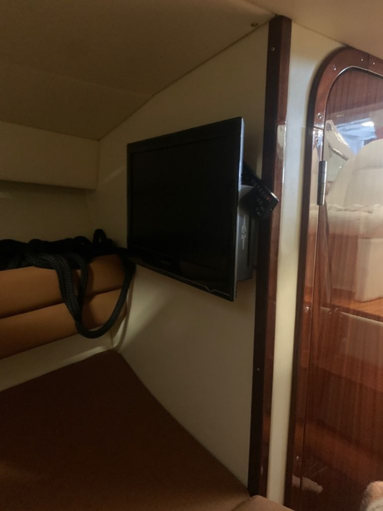 2009 Comitti boat for sale, model of the boat is 34 Venezia & Image # 18 of 24