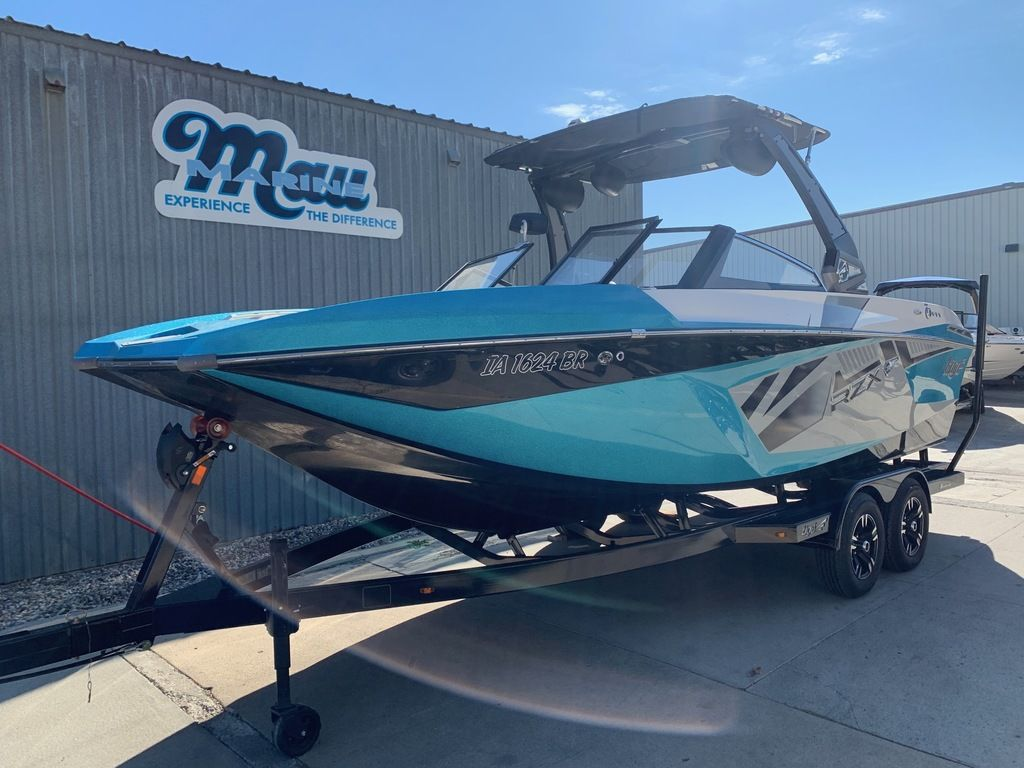 2017 Tige boat for sale, model of the boat is RZX3 & Image # 1 of 14