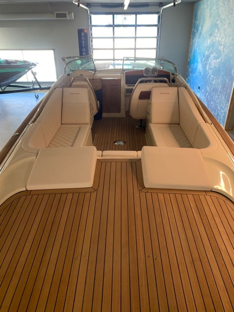 2020 Chris Craft boat for sale, model of the boat is Corsair 34 & Image # 10 of 32