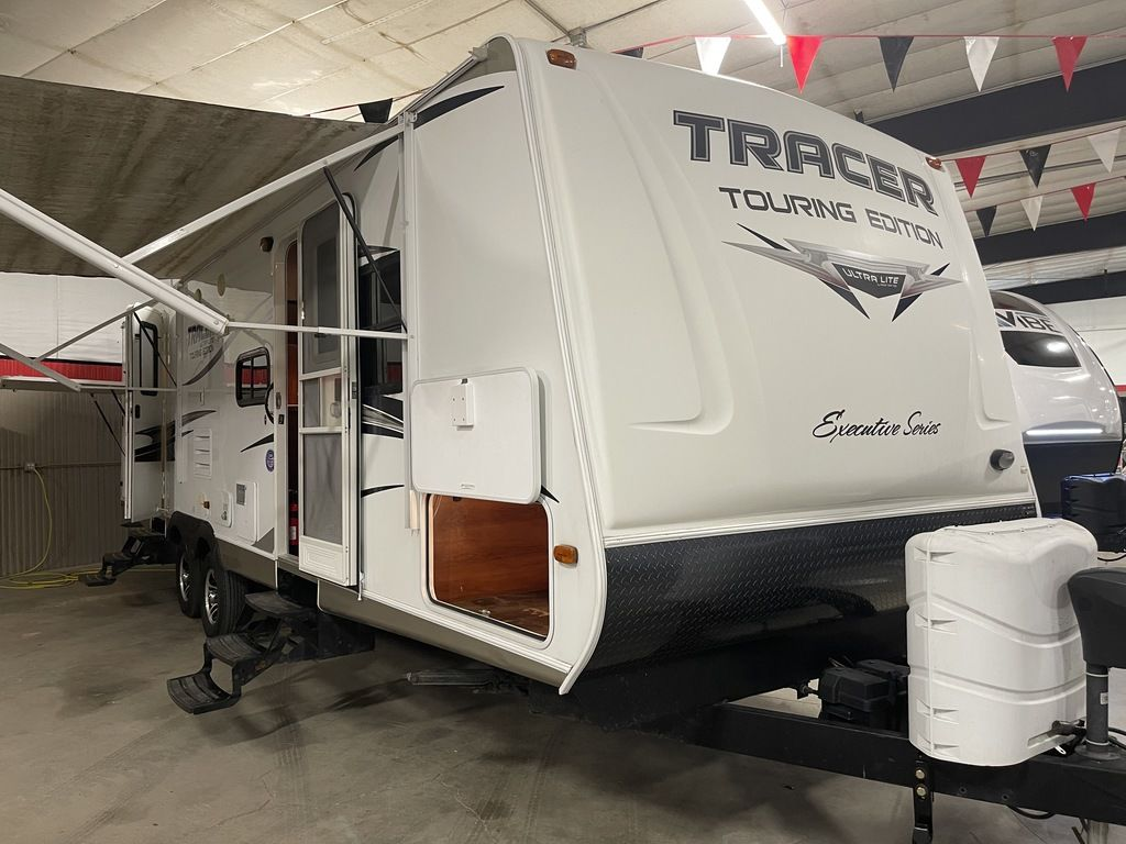 2014 Prime Time Tracer Executive Series 3150BHD