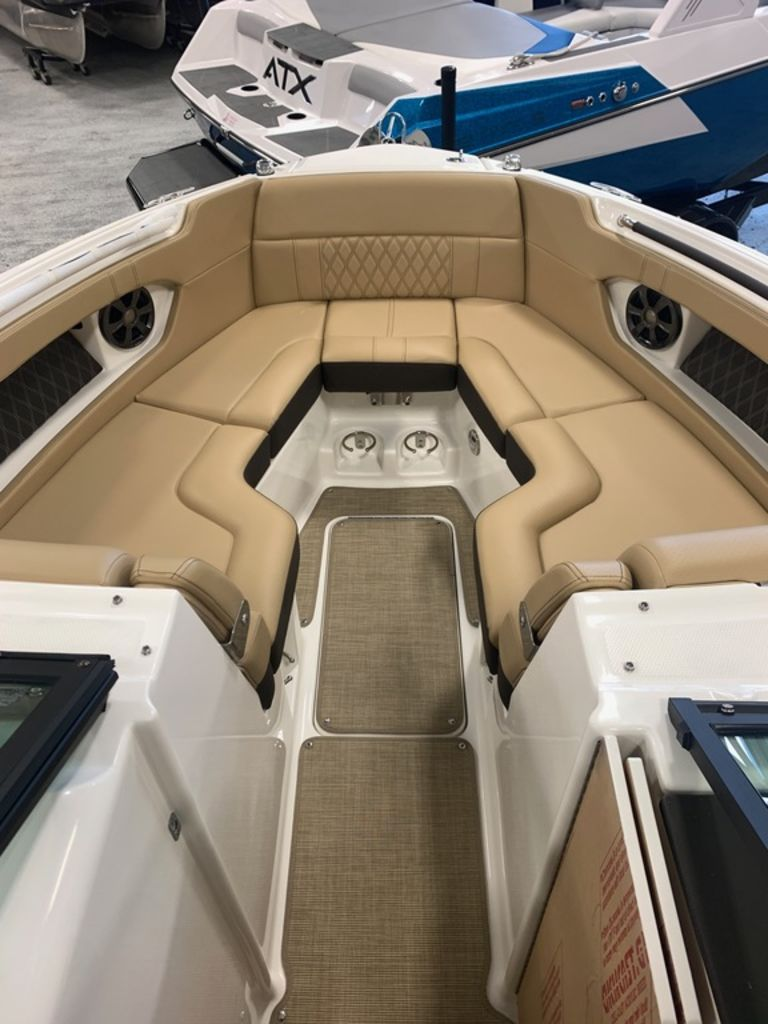 2020 Sea Ray boat for sale, model of the boat is SLX 280 & Image # 6 of 8
