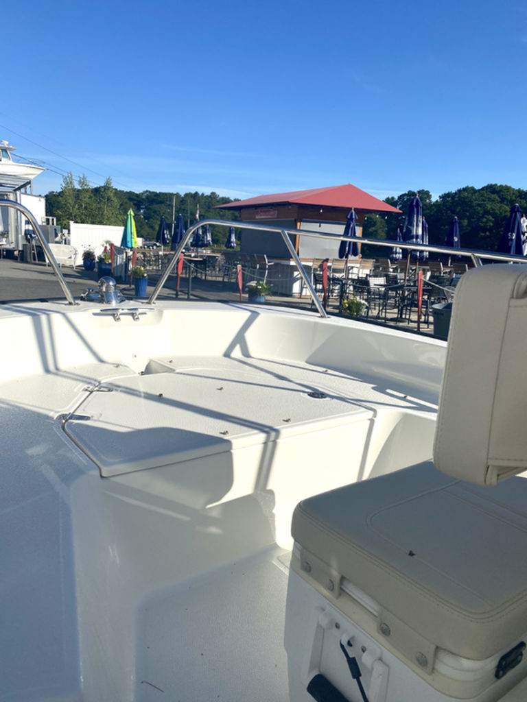 2020 Boston Whaler boat for sale, model of the boat is 150 Montauk & Image # 3 of 5