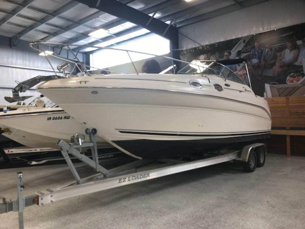 2004 Sea Ray boat for sale, model of the boat is 260 Sundancer & Image # 2 of 11