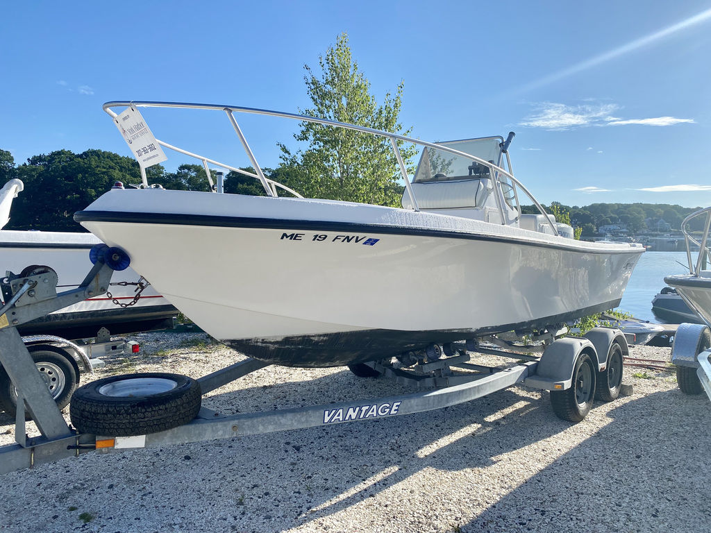 1999 Mako boat for sale, model of the boat is 191 Center Console & Image # 1 of 6