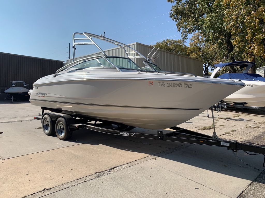 2007 Monterey boat for sale, model of the boat is 234 FS & Image # 5 of 14
