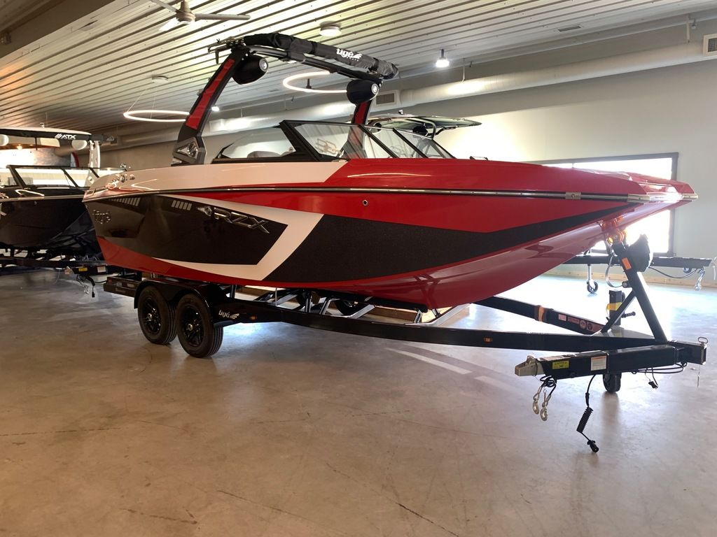 2021 Tige boat for sale, model of the boat is RZX Class 23 RZX & Image # 2 of 11