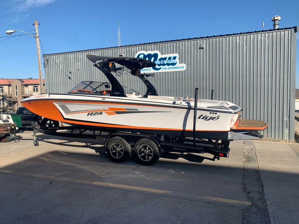 2015 Tige boat for sale, model of the boat is RZ4 & Image # 2 of 20