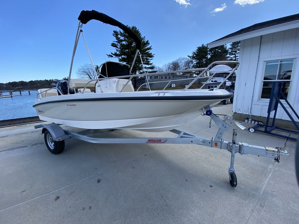 2020 Boston Whaler boat for sale, model of the boat is 170 Dauntless & Image # 1 of 14