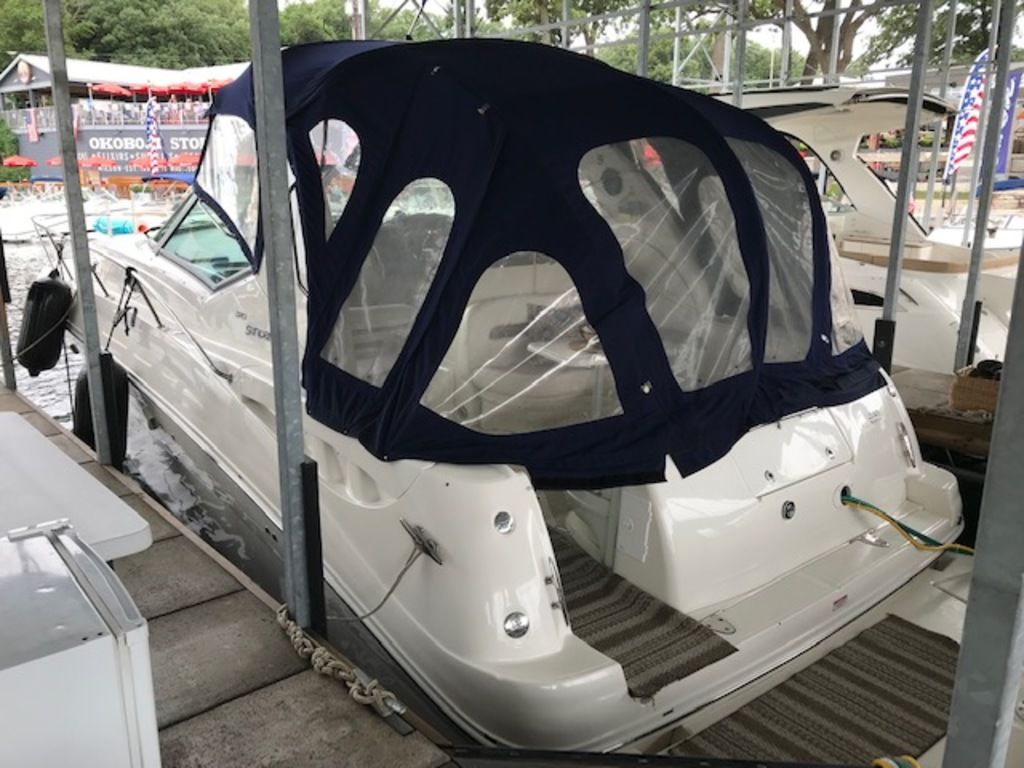 2005 Sea Ray boat for sale, model of the boat is 320 Sundancer & Image # 8 of 24