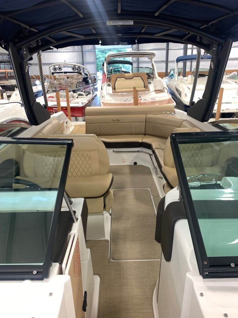2020 Sea Ray boat for sale, model of the boat is SLX 280 & Image # 7 of 8