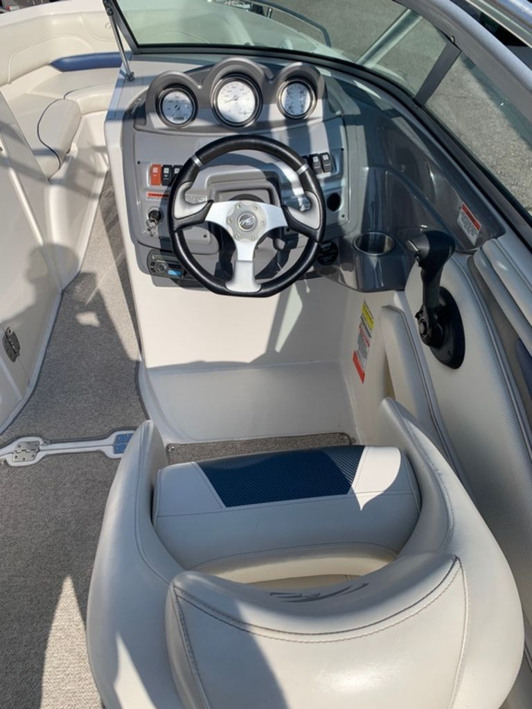 2007 Monterey boat for sale, model of the boat is 234 FS & Image # 10 of 14
