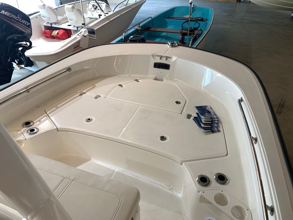 2019 Boston Whaler boat for sale, model of the boat is 210 Montauk & Image # 5 of 9