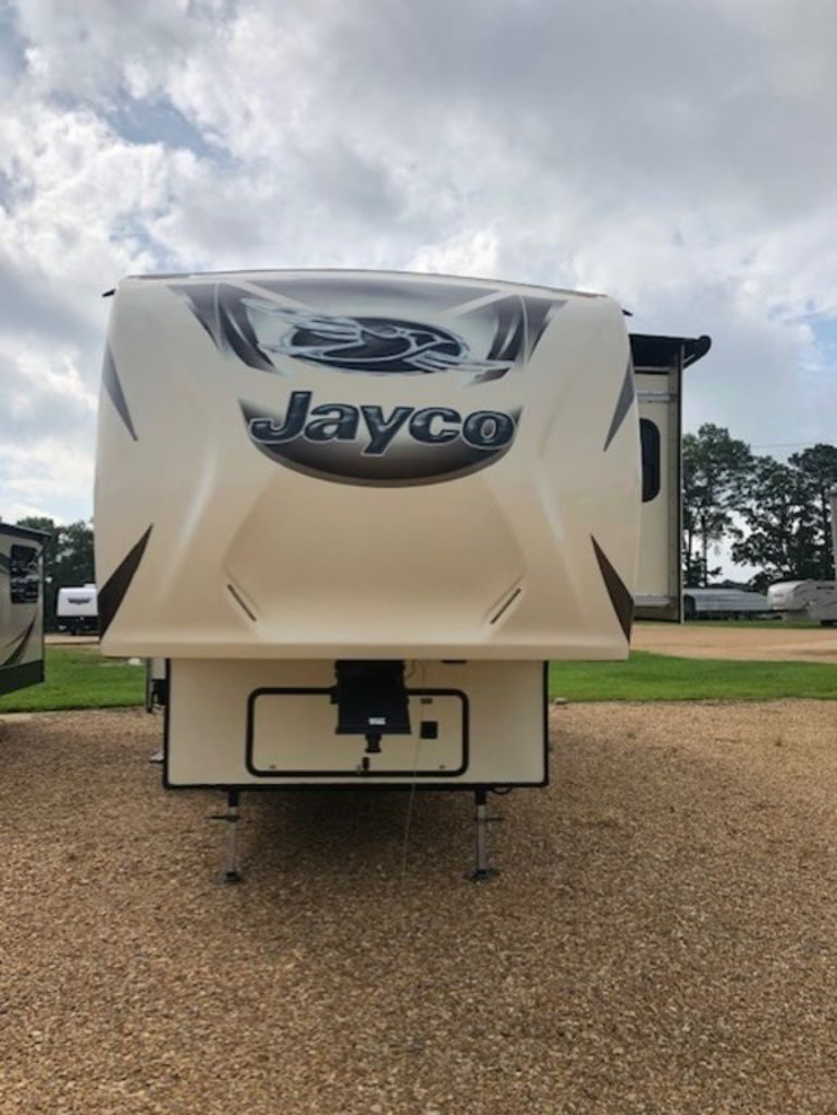 Used  2016 Jayco Eagle Fifth Wheels 321RSTS Fifth Wheel in  McComb, Mississippi