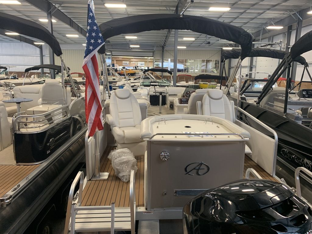 2014 Avalon boat for sale, model of the boat is Deco 25' Sandbar & Image # 3 of 10