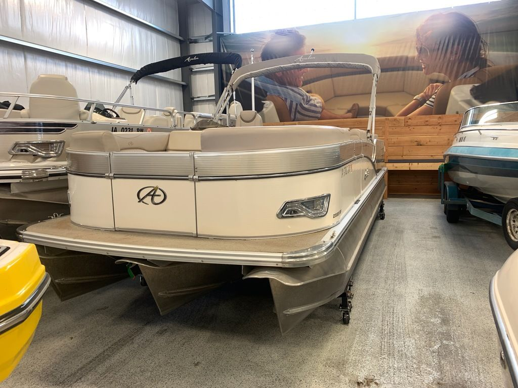 2015 Avalon boat for sale, model of the boat is Windjammer Fish 25' Rear & Image # 2 of 8