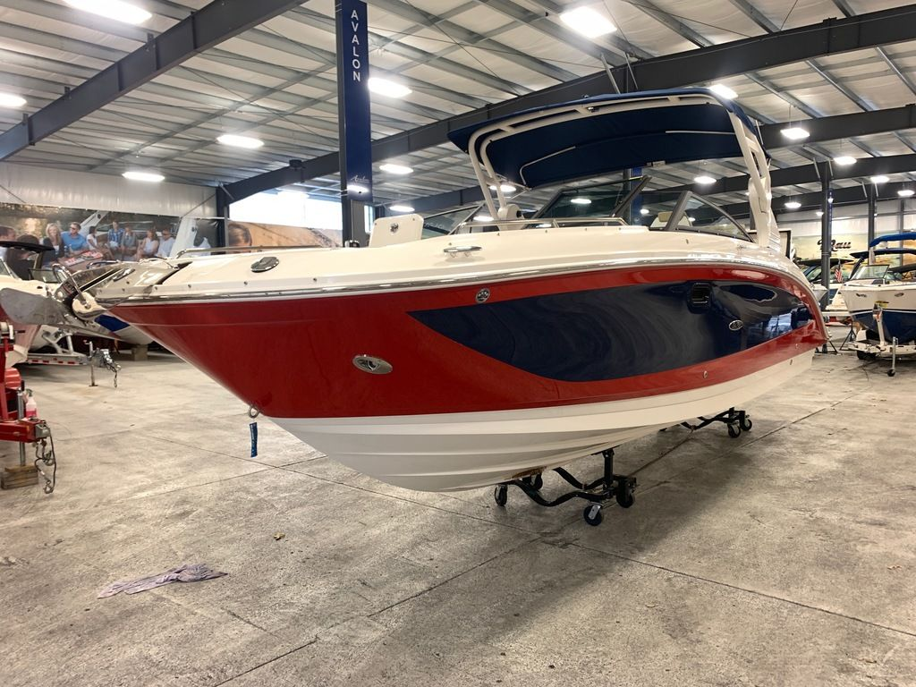 2020 Sea Ray boat for sale, model of the boat is SDX 290 & Image # 3 of 14
