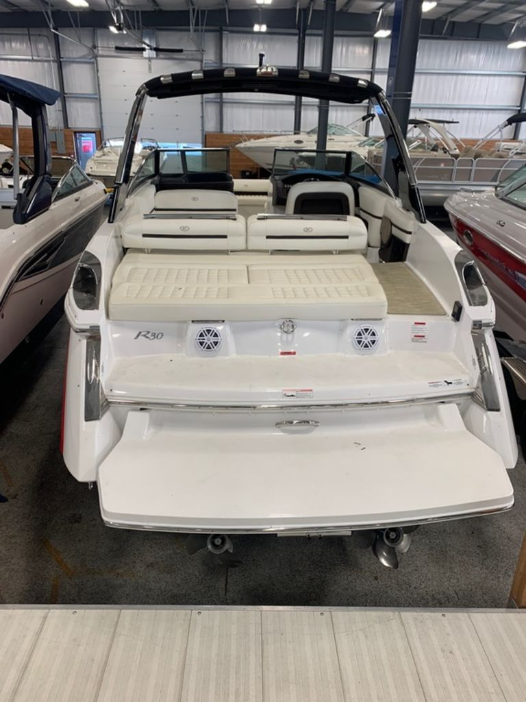 2017 Cobalt boat for sale, model of the boat is R30 & Image # 5 of 16