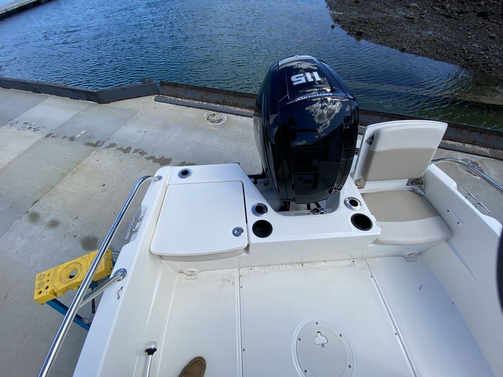 2020 Boston Whaler boat for sale, model of the boat is 170 Dauntless & Image # 12 of 14
