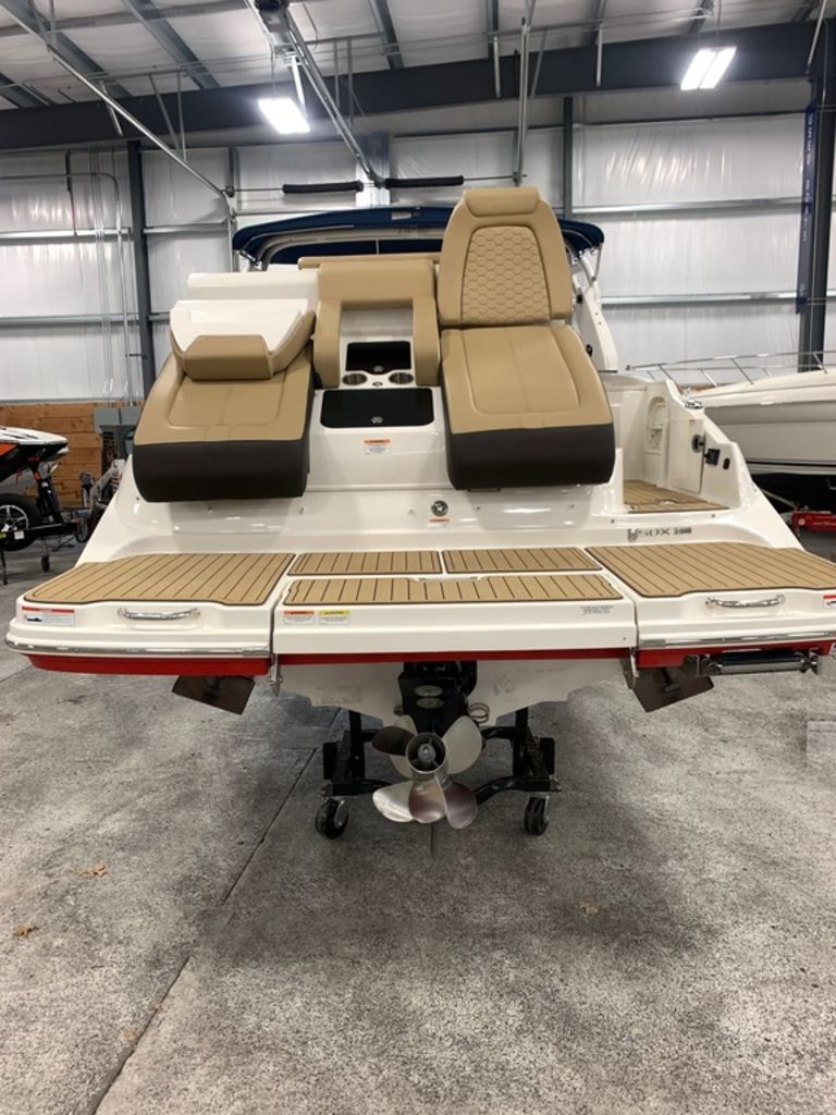2020 Sea Ray boat for sale, model of the boat is SDX 290 & Image # 4 of 14