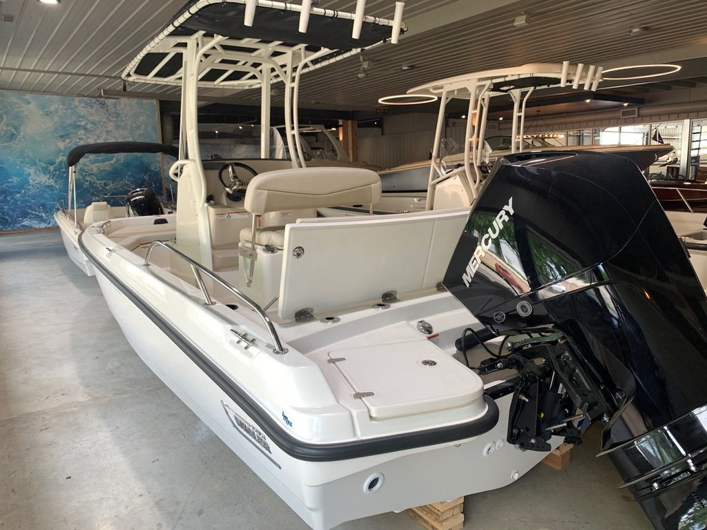 2019 Boston Whaler boat for sale, model of the boat is 210 Montauk & Image # 8 of 9