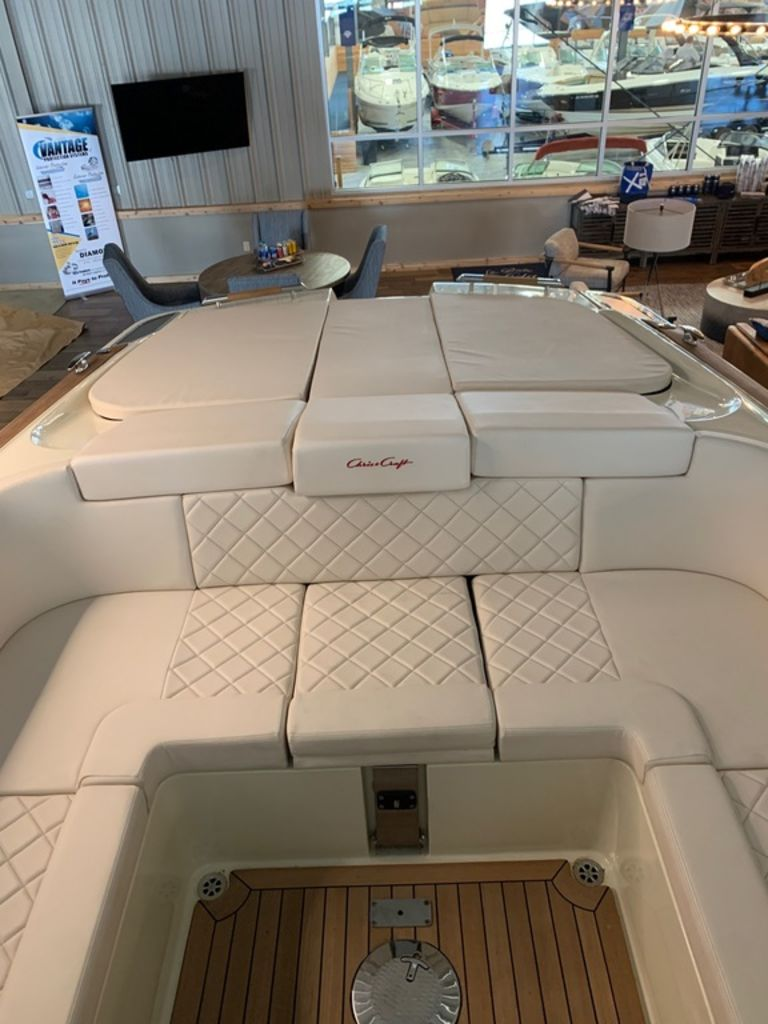 2020 Chris Craft boat for sale, model of the boat is Corsair 34 & Image # 30 of 32