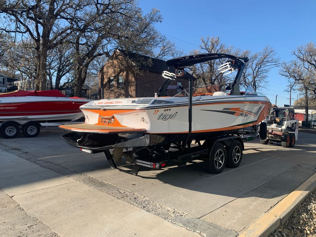 2015 Tige boat for sale, model of the boat is RZ4 & Image # 4 of 20