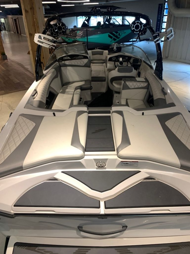 2014 Tige boat for sale, model of the boat is Z3 & Image # 5 of 13