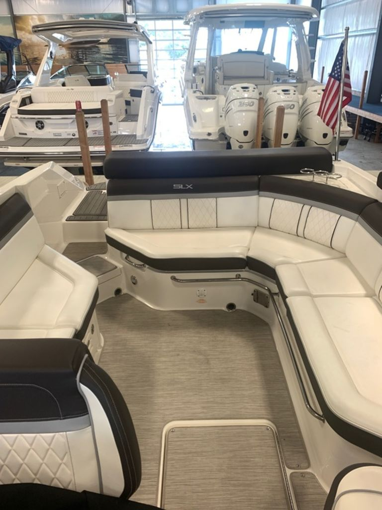 2016 Sea Ray boat for sale, model of the boat is 280 SLX & Image # 8 of 9