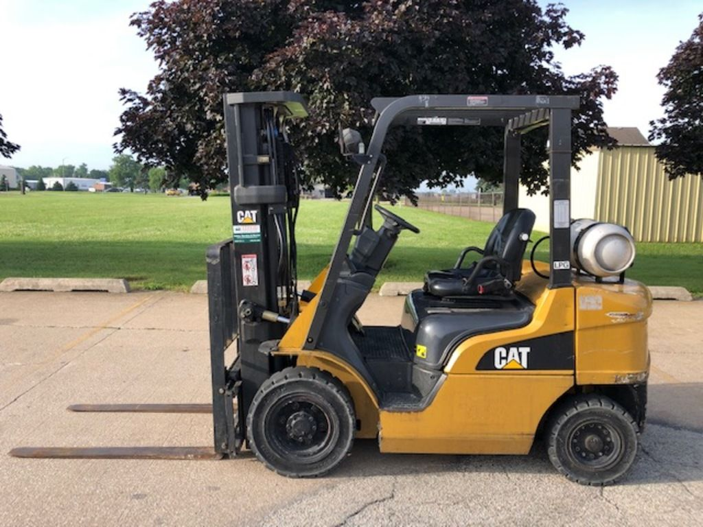 2010 CATERPILLAR P5000 for sale in Morton, IL