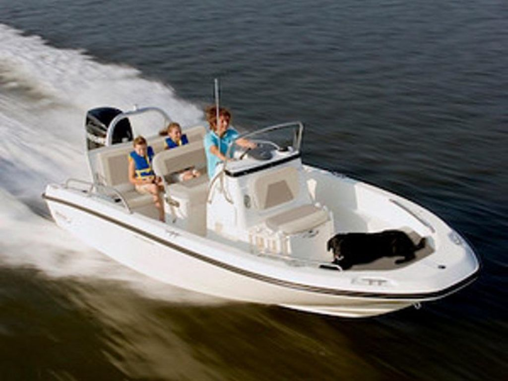2020 Boston Whaler boat for sale, model of the boat is 180 Dauntless & Image # 1 of 1