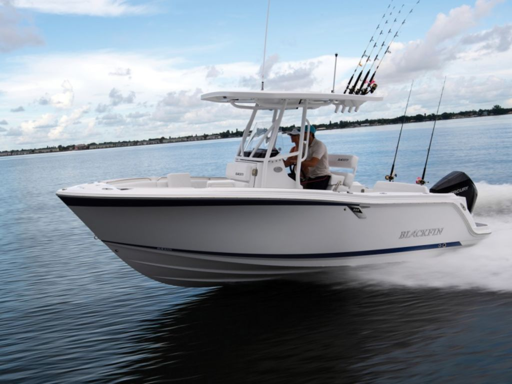 2021 Blackfin boat for sale, model of the boat is 222CC & Image # 1 of 1