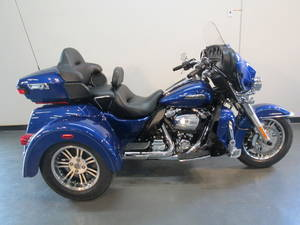 Three Wheel Motorcycles For Sale near Columbus, OH | Trike Dealer