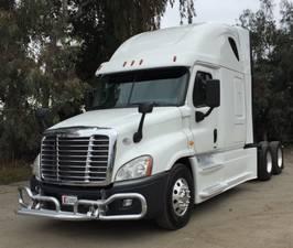 Used Trucks For Sale in California | Used Semi Truck Dealer