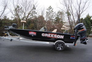 2019 Xpress Boats X19 Pro Stock: 94345 | Greeson's